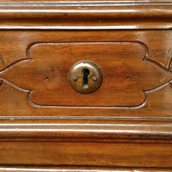 big chest of drawers 1416585030